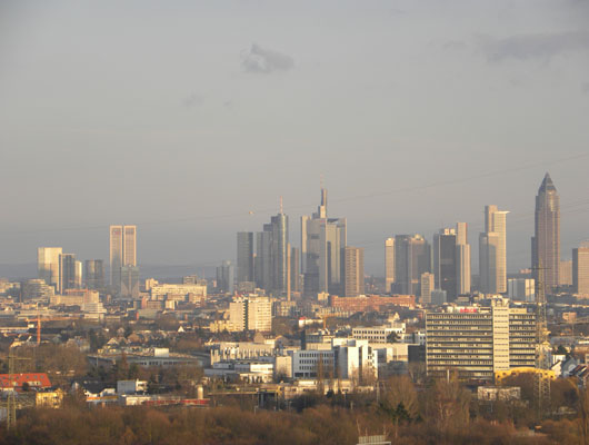 Premium Business Center Eschborn Skyline Blick Frankfurt